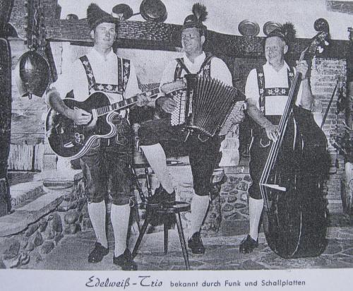 Edelweiss Trio 1